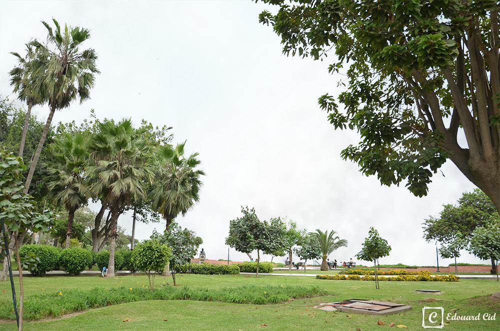Jardin à Larcomar