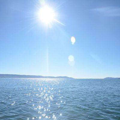 Soleil sur le lac Titicaca