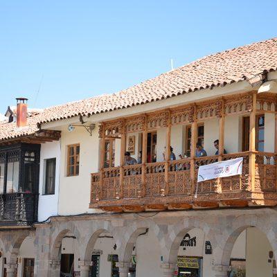 Balcon à Cusco, typique du style colonial
