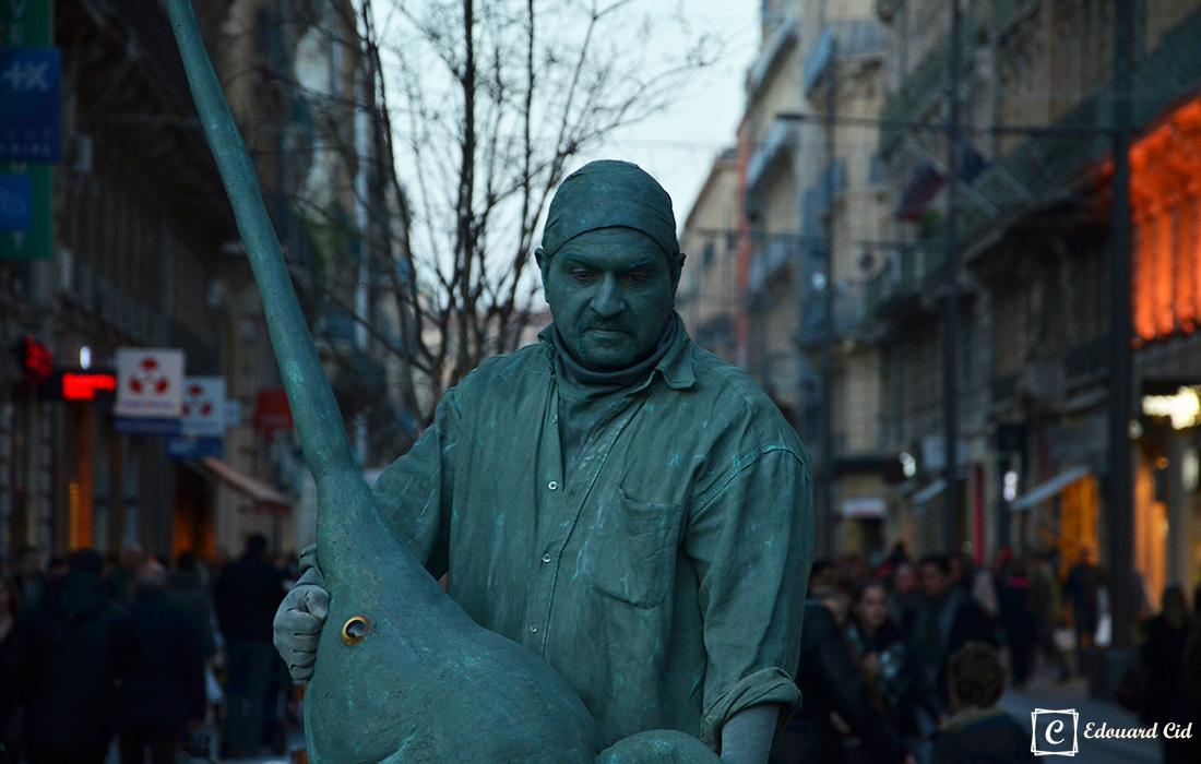 Homme-statue à Toulouse