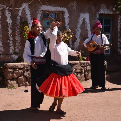 Danse sur l'île de Taquile